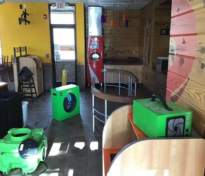 Restaurant with SERVPRO hydroxyl generator and ozone machine cleaning the air